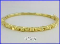 0.15ct Roberto Coin Appassionata 18k Yellow Gold Round Diamond Bracelet / Bangle