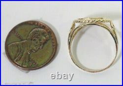 10K Gold Panda Coin Replica Ring Sz 6, 2.09g