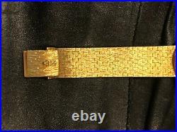 CORUM $20 GOLD COIN MEN'S WATCH (NEVER WORN) ON 18K GOLD BRACELET, 21mm/8 1/4 IN